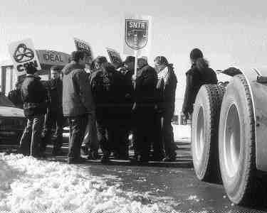 SOLIDARITY: The Confederation des Syndicats Nationaux organized several short demonstrations to protest rising fuel prices. (Photo by Carroll McCormick)