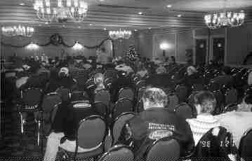 LOSING FAITH: There were more empty seats than warm bodies at this NTA rally on the eve of the federal election, suggesting truckers are growing weary of the fight against high fuel prices.(Photo by Frank Condron)