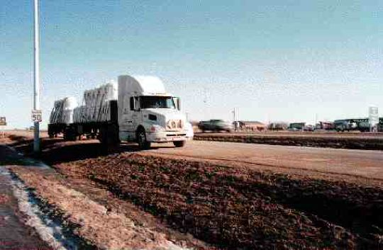 TOO CLOSE: The AMTA complains existing stops don't shield highway noise.