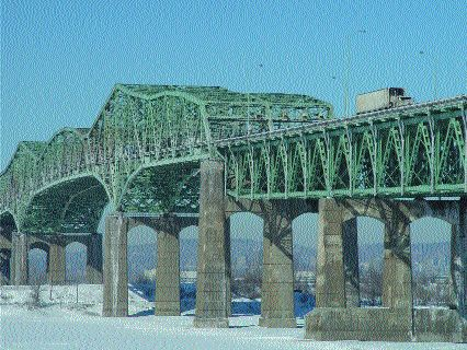 TIME RUNNING OUT: Montreal's Champlain Bridge faces gridlock by 2005.