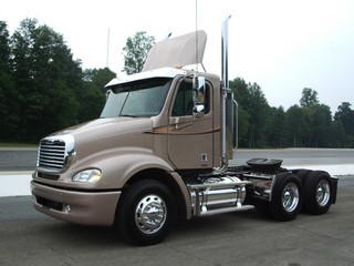 Freightliner is ready to begin shipping its trucks with 2007 engines.
