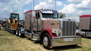 DOUBLE WINNERZ: Zeitranz Trucking of Peterborough, Ont. took a third place finish in the Best Light Show - Fleet category, while one of its drivers, Jim Towers, captured first place with his 2004 Peterbilt in the Best Tractor-Trailer Combination for Company Working Class Trucks category.
