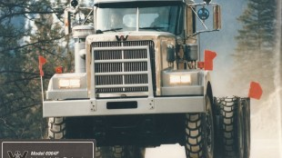 Western Star's first 6900 XD, produced in 1990.