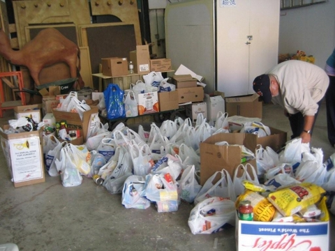 Food donations at the annual Honk for Hunger event in Calendonia, Ont.