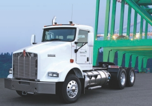 MOVING AHEAD WITH LNG: Kenworth offers a liquid natural gas (LNG) version of its T800. The company says LNG is cheaper, and cleaner, than diesel.