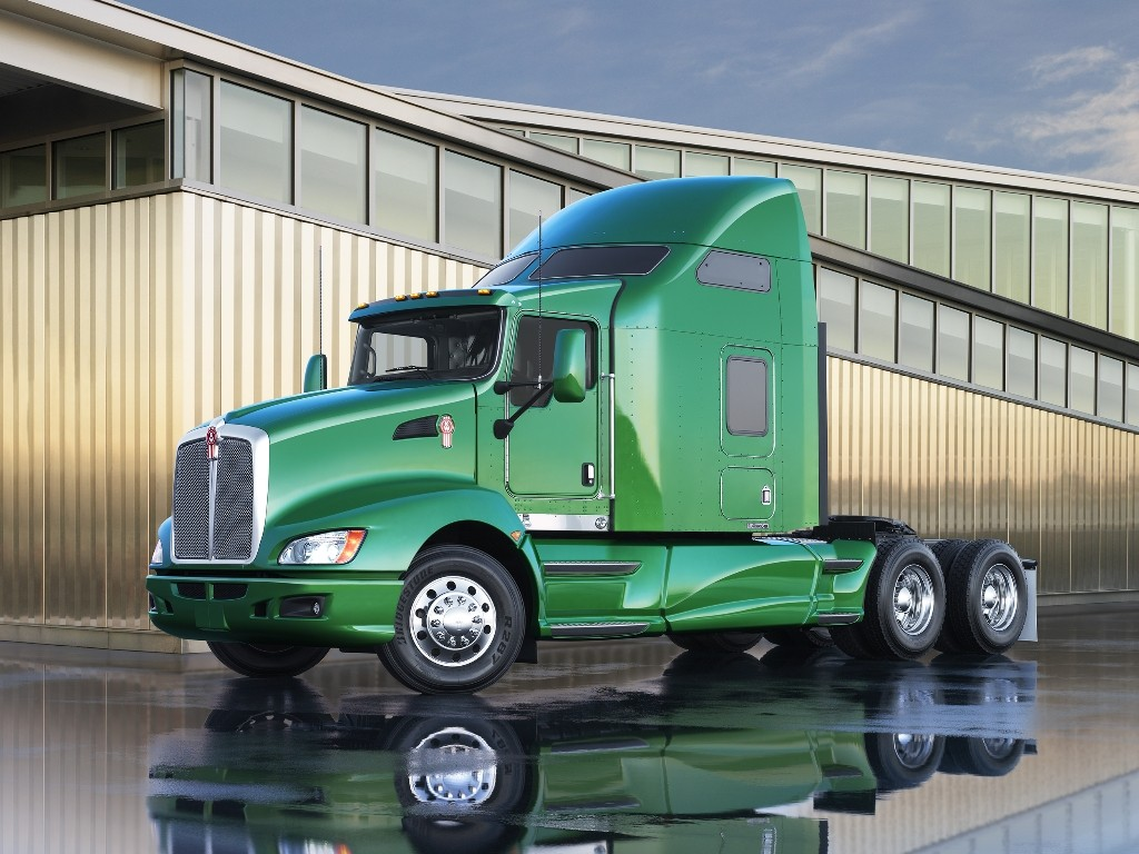 The Kenworth T660 is one of the trucks that will come standard with a new synthetic axle lube.