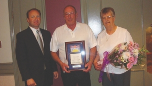 DRIVER OF THE YEAR: Lorne Rasmussen (centre) was recognized at the BCTA convention, where he was named 2008 Driver of the Year.