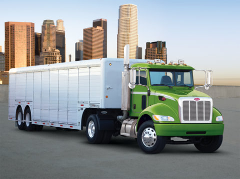 Peterbilt S New Model 335 Hybrid Electric Tractor Boasts Up To 25 Fuel Savings According