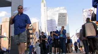 Protestors gathered outside of Serco's downtown Toronto headquarters Sept. 17, as talks between the two groups fell apart earlier that week. The OTA is urging both sides to return to the bargaining table as soon as possible.