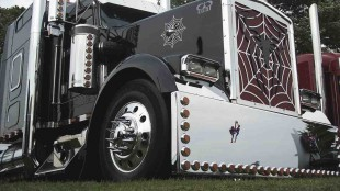 Vic Pannu's Spiderman-themed truck gets judges' attention not only because of its chrome, but also its overall cleanliness.