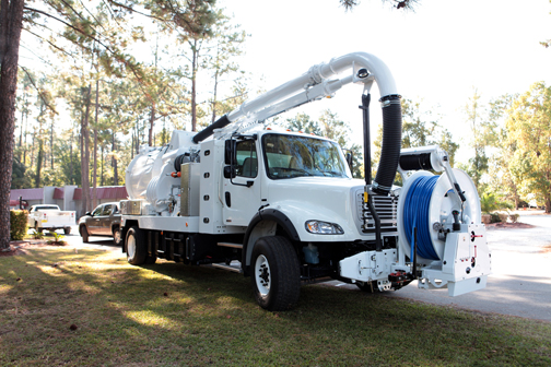 Freightliner has partnered with VAC-CON to create the first turnkey natural gas truck upfitted with a vacuum body.