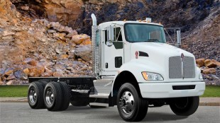 Kenworth's new 6x6 T370.