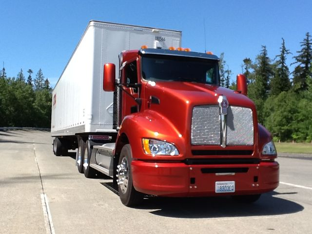Kenworth's natural gas-powered T440.