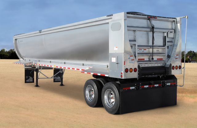 A new Trail King ag trailer the company says reduces the risk of cross-contamination.