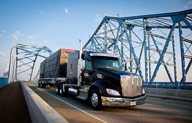 TMC Transportation has ordered 1,500 Peterbilt trucks with lightweight Dana Spicer axles.