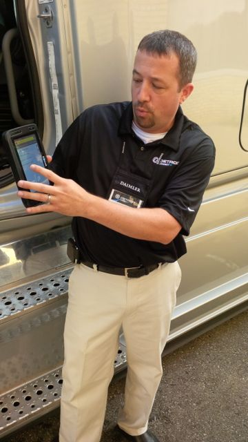 The Detroit Connect tablet can be used to conduct a pre-trip inspection. An integrated RFID scanner is used to scan tags, which then display a list of items to inspect in that area of the truck or trailer.