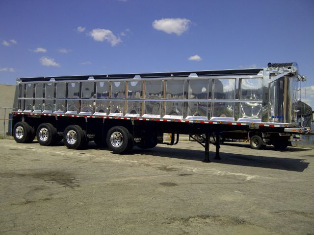 Tallman Truck Centre is now an Ontario distributor of Cobra trailers.