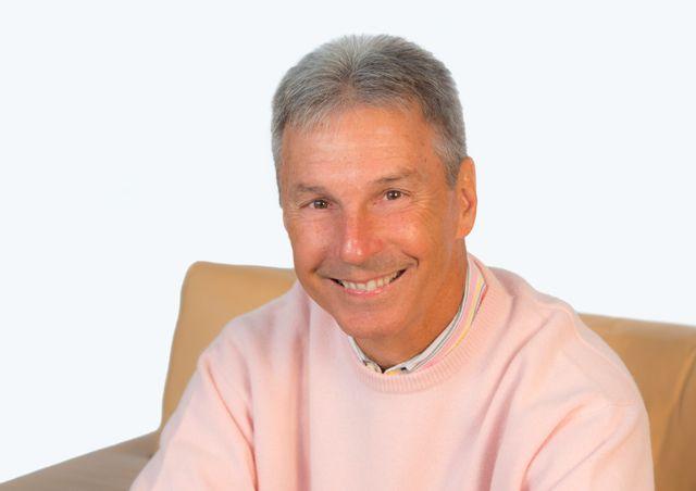 DTNA sr. v.p. of sales and marketing, Mark Lampert, announced he is retiring in April.