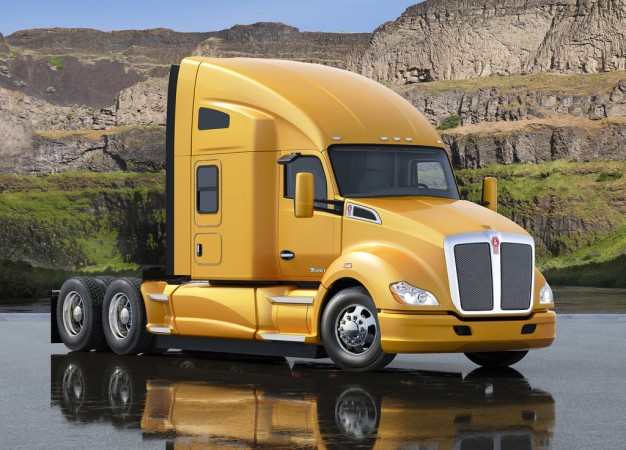 The Kenworth T680 is now available with an optimized engine/transmission package.