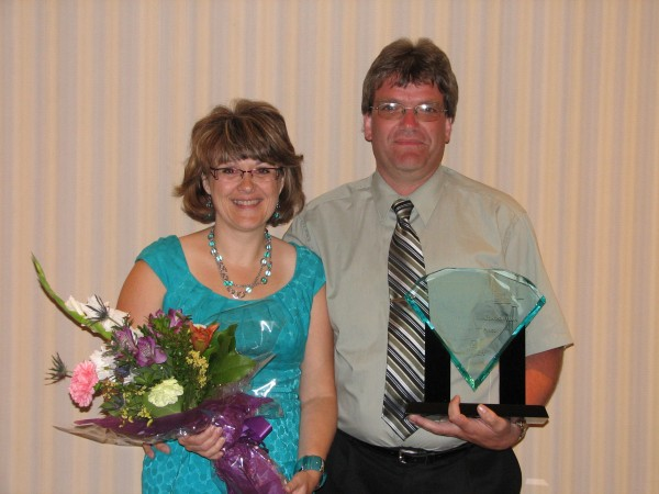Stew Jutzi and his wife Cindy at the Canadian National Truck Driving Championships in 2011.