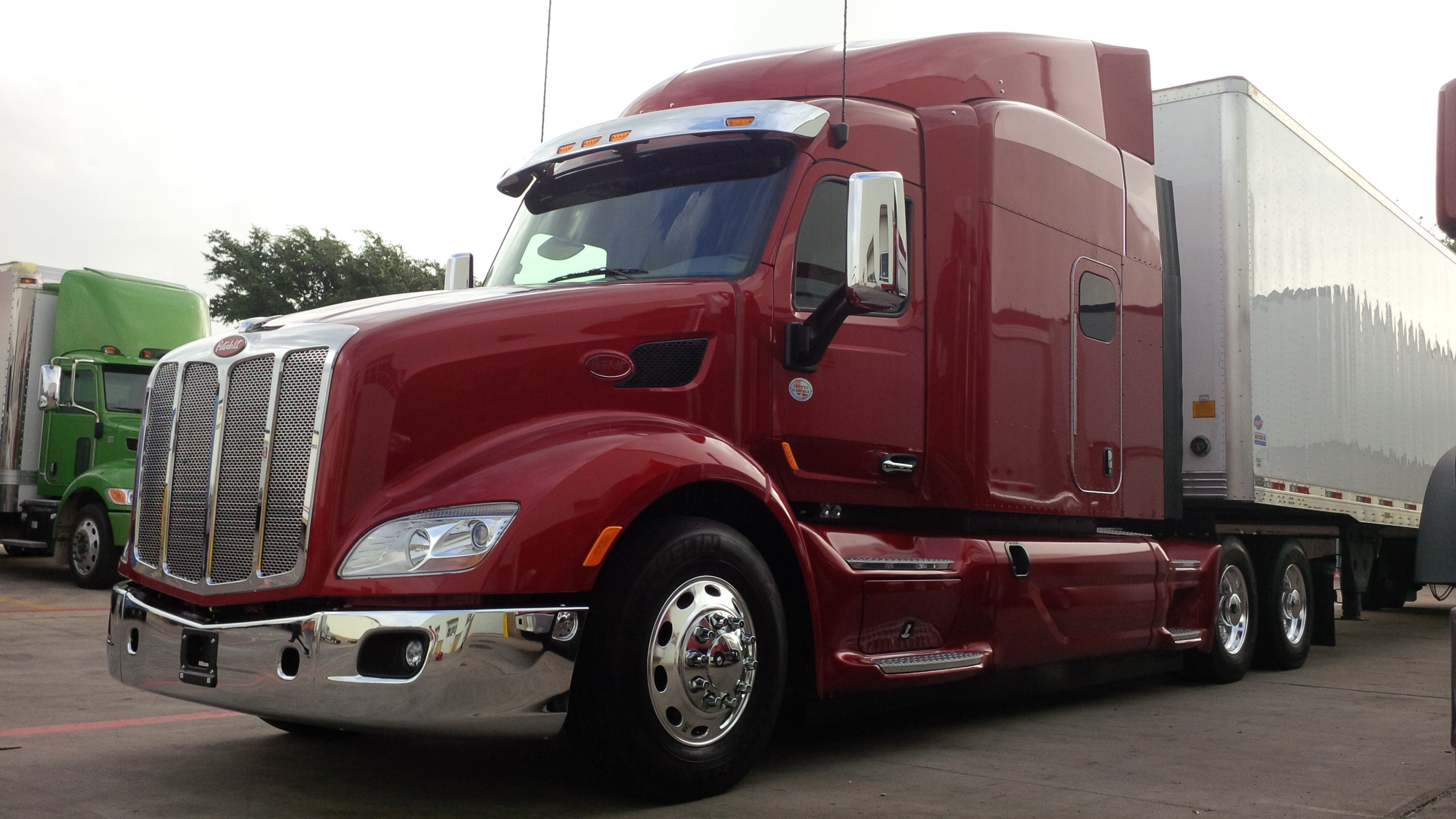 The Peterbilt 579 EPIQ features full-length fairings for improved  aerodynamics.