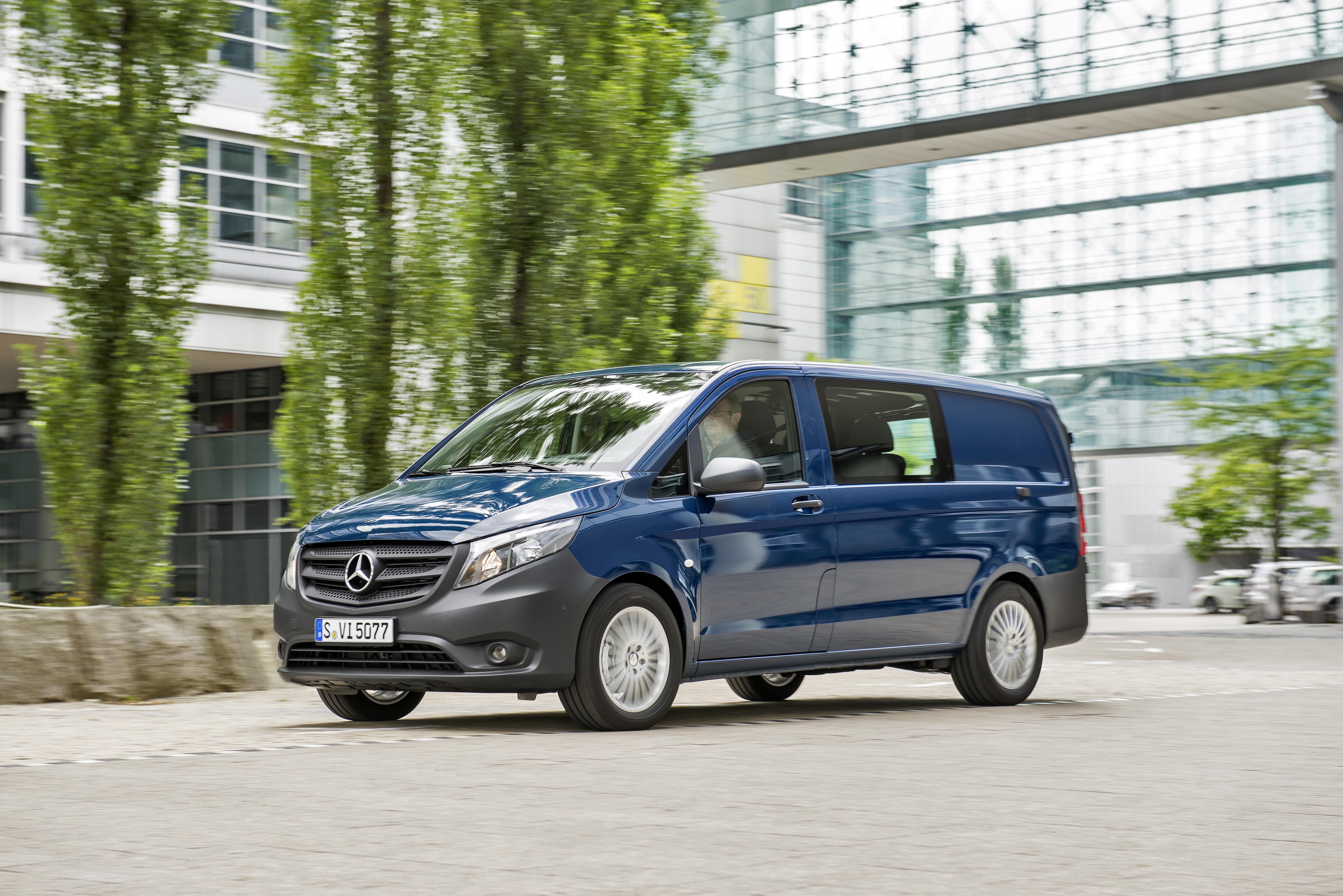 Der neue vito the new vito truck news for Mercedes benz staff