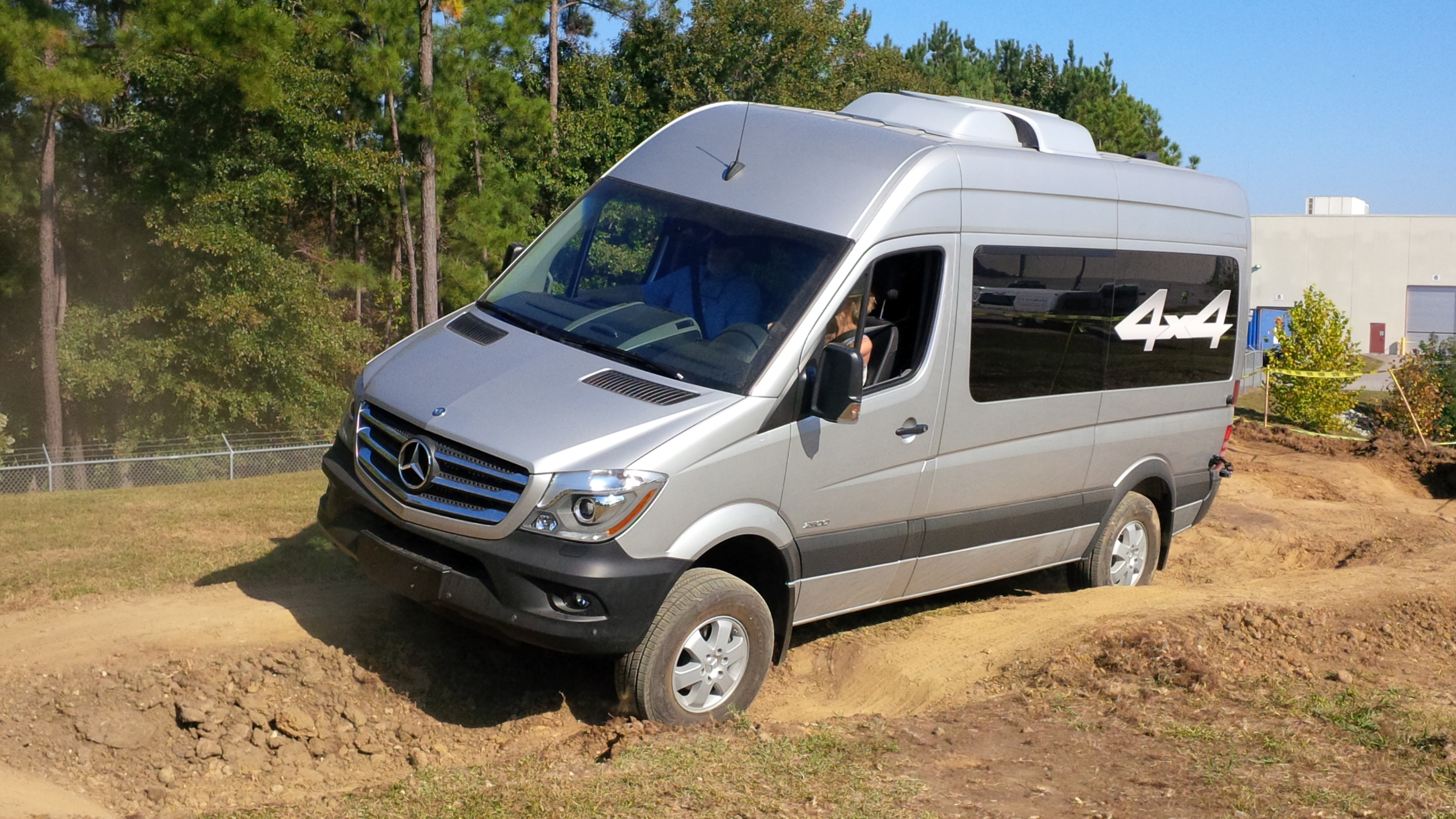 Mercedes-Benz debuts 4x4 Sprinter, crosswind assist