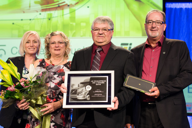 Victoria Deans (Chairman of the Quebec Trucking Association); Jocelyne Gingras (Mr. Fiset's spouse); Gaetan Fiset and Alain Bélisle (District Manager at Volvo Canada).