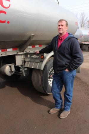 Jim Fox of Pinnacle Express says his fleet won't return to drum brakes, having seen safety benefits and reduced maintenance.