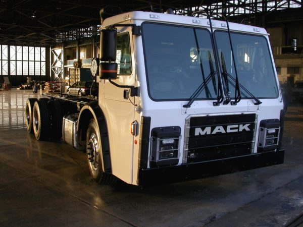 Mack is the first truck OEM to integrate the Route powertrain into its refuse truck.