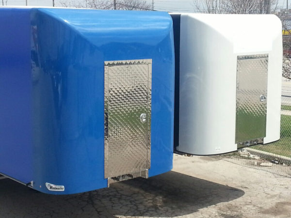 The Windmaster Smartlook tarp system.