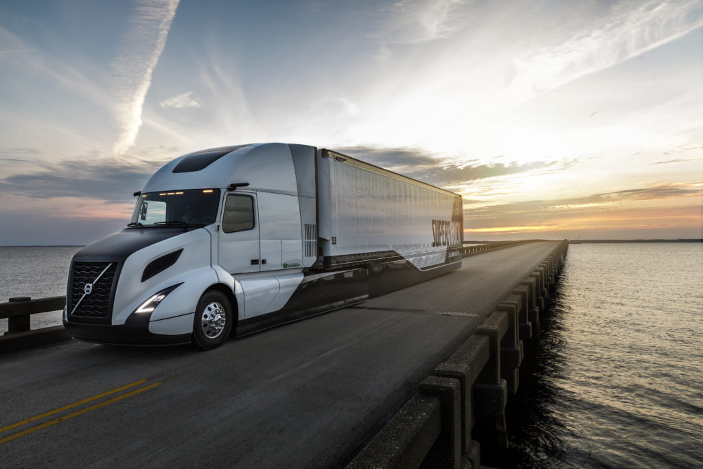 Volvo Hits 13 Mpg With Supertruck
