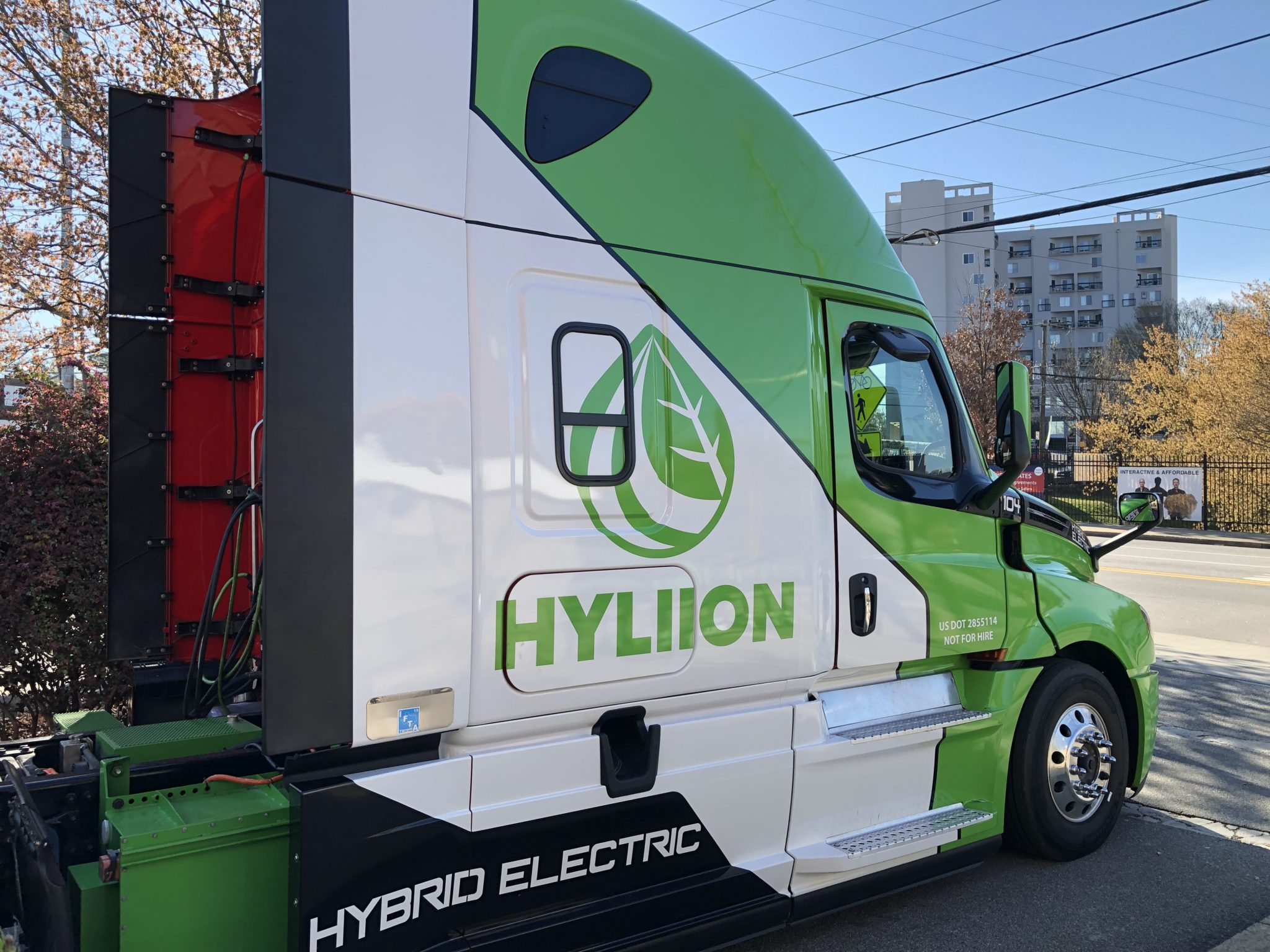 Driving Hybrid Electric Fully Trucks In Atlanta