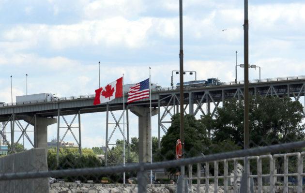 Canada U.S. border trucks