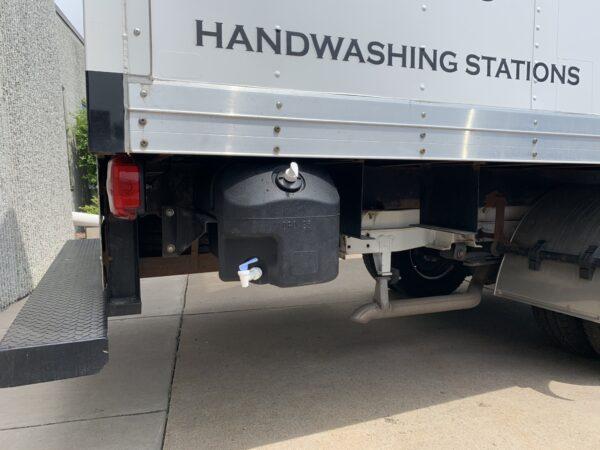 vehicle-mounted hand washing station