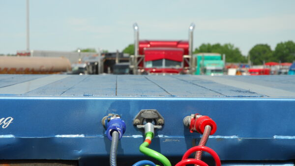 Tractor-trailer air brakes
