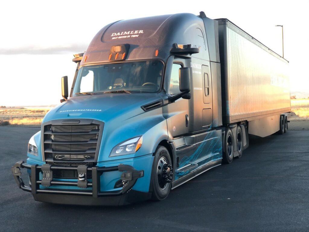 Daimler Trucks News