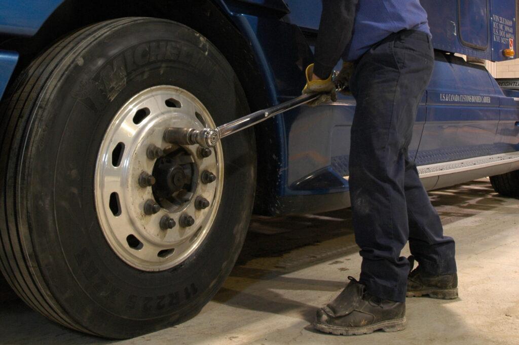 torquing a truck wheel