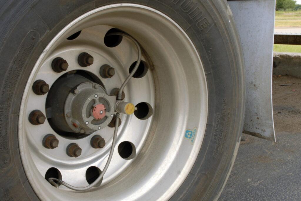 dual tire pressure