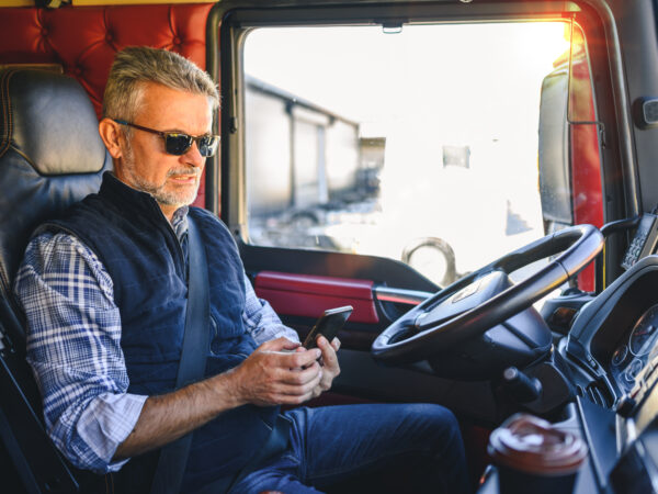 truck driver using cell phone