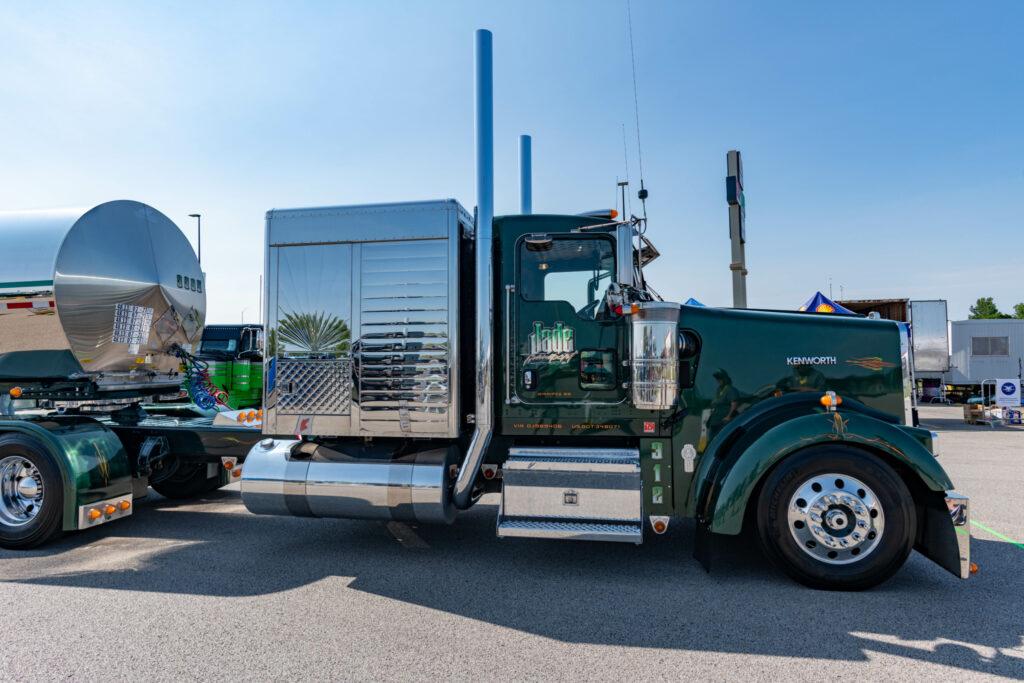 Dennis Durand's SuperRigs truck
