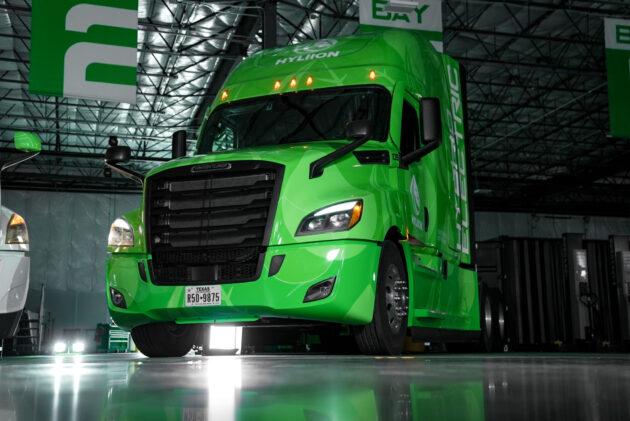 truck with Hyliion Hybrid eX